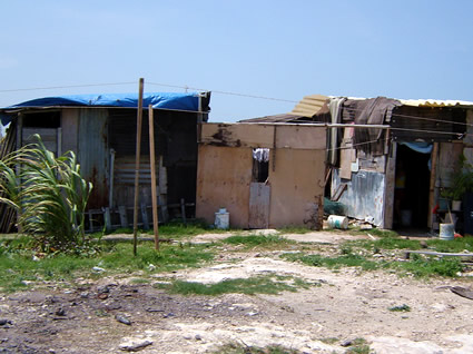 cancun-poverty-4